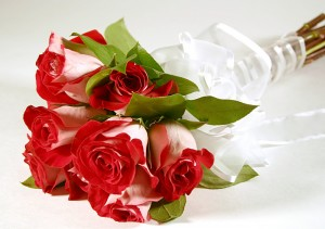 Hand-Tied Flowers Bouquets Delivery